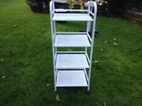 Beauty Trolly in White, excellent condition