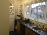 Lovely 1 bedroom g/floor flat in exchange for 1 bed bungalow in vale Rhoose, llantwit major.