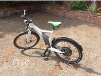 Smart e-bike, worth £2500 new, with front suspension forks
