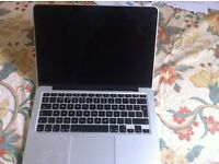 MAC BOOK PRO *EXCELLENT CONDITION*