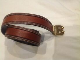 Bally (Made in Italy) leather brown belt. length: 90cm. Width: 3cm.