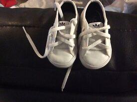 Adidas nizza size 3 trainers