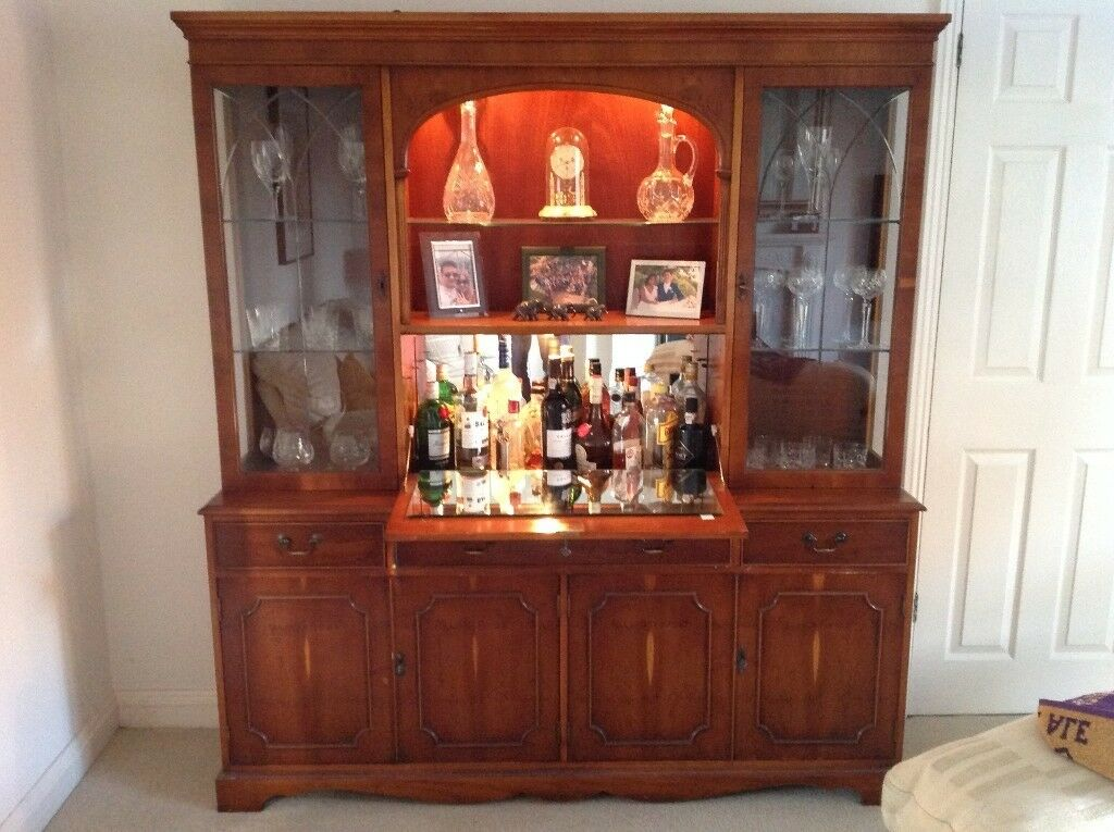 Bradley Classic Furniture Lounge Display Unit Sideboard