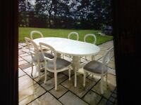 LOVELY DINING TABLE AND 6 CHAIRS.