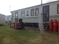 STATIC CARAVAN FOR HIRE LAST SCHOOL HOLIDAYS SAT 22/10/16 7 nts NOW £399 AT DEVON CLIFFS EXMOUTH