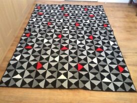 Geometric Design Rug Large - Black Red Grey - very good clean condition