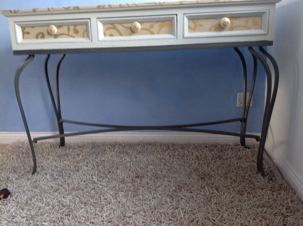 Prime Hall Or Dressing Table In South Shields Tyne And Wear Gumtree Ibusinesslaw Wood Chair Design Ideas Ibusinesslaworg