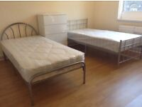 Twin bed in roomshare to let in flatshare at Stepney Green & Whitechaple