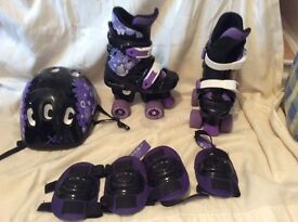 Girls adjustable roller boots with helmet and pads