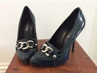 Karen Millen court shoes UK3