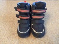 Boys M&S snow boots wellies size 6