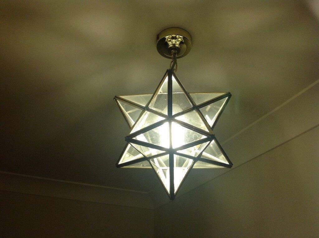 Star shaped gold lightfitting
