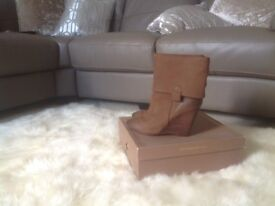 Ladies leather wedge boots