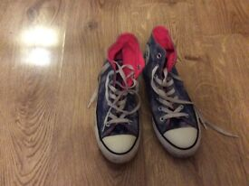 Size 6 high top all star converse