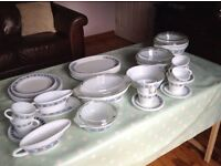 Set of Vintage Pyrex dishes - Chelsea pattern