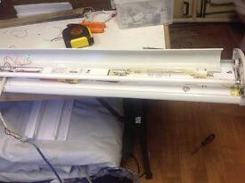 "Twin emergecy light 57"" long"