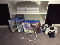 WHITE PS4 Console + Account Inc 8 Games 2 Controllers w/ Stand