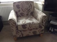 Armchair. Upholstered. Modern style.
