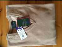 Glenmuir V Neck Lambswool Sweater, NEW with TAGS,small,camel