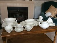 Mayott Staffordshire Olde Chelsea White tea set
