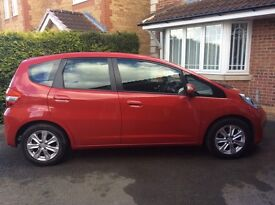 Immaculate Honda Jazz 1.4 ES for sale. Two owners, FSH, MOT til Sept 17. Must go hence price £5850.