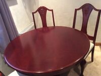 Solid mahogany pedestal table & 6 chairs