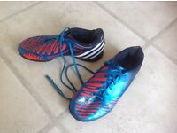 Astro football boots size 5
