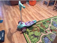 Disney scooter lovely condition ,sings