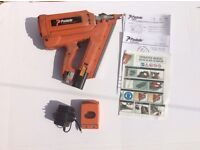 Paslode IM350/90 cordless gas nailer, excellent working order, Efficient, reliable, and tough.