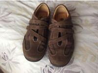 Ladies brown Clarks shoes, 6.5