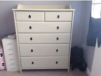 Chest of drawers cream/off white 6 drawers various sizes