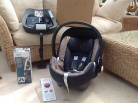 Mamas & Papas Cybex Platinum Car Seat Dark Navy AND Base Unit & Pram Adaptors