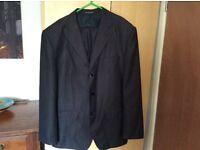 Men's suit Hugo Boos. Size 34 ,L