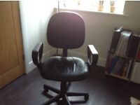 Desk Chair good condition