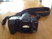 Minolta Dynax 500 si 35mm SLR camera