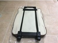 Wheeled travel bag ( new )