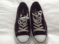 Converse plaid trainers size 8
