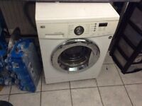 LG WASHING MACHINE FOR SALE IN EXCELLENT CONDITION!