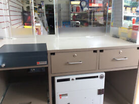 Combi Counter, Flip Top Cash Box and Intergrated Safe