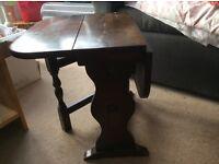Min drop leaf table