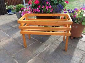 Garden wooden planter holder