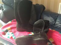Black leather & suede clarks boots size 13. 1/2F