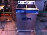 FRYER FASTFOOD CAFE KITCHEN TWIN TANK COMMERCIAL RESTAURANT FRYER FRIES TAKEAWAY CHIPS CATERING