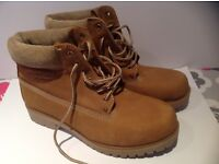 Moshulu Sand Boots. Size 7. Worn only once .