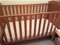 Lovely wooden BabiesRus cotbed/toddler bed with mattress