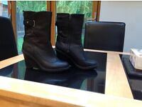 Ladies black wedge Timberland boots size 5