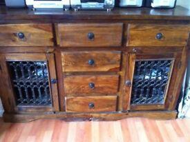 Wooden storage cabinet. (PINE)