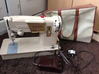 Singer Electric Sewing Machine with Peddle & Case