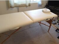 Massage bed in cream