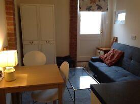 Modern Studio Flat London Colney